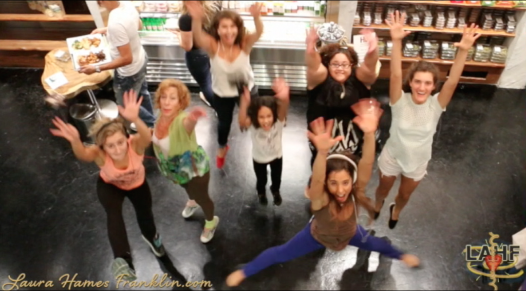 #WeDanceDay Shake It Off @ Hu Kitchen