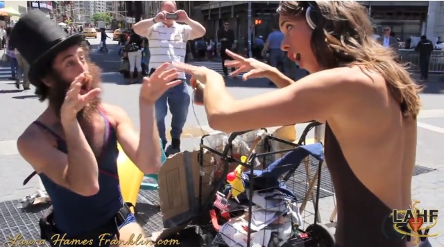 Sara Bareilles – Brave WeDanceDay with Laura Hames Franklin & everyone in Union Square, NYC!